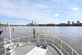 river thames boat brokers all houseboats for sale