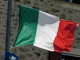 Flag Italy Free Images White Wind Green Italy Blow Red Flag Flutter