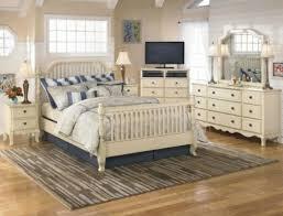 landhaus schlafzimmer weiãÿ 12 schlafzimmer ideen romantische einrichtung im landhausstil mit