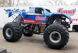 themonsterblog monster trucks bigfoot 4 4