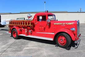old kenworth trucks restored 1942 kenworth fire truck used at boeing airfield until