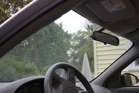 The Best Window Cleaner Best Way To Clean The Inside Of Car Windshield Ehow