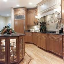 traditional medium wood cherry kitchen cabinets 94 kitchen