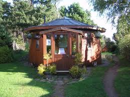 small eco houses findhorn ecovillage wikipedia