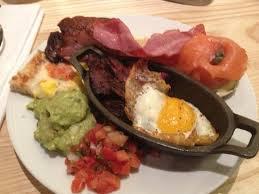 Best Lunch Buffet Las Vegas by Eggs With Skirt Steak Breakfast Pizza Bagel And Lox Etc