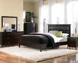 merlot finish modern bed w brown bycast leather headboard