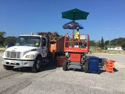 tampa hires second contractor to pick up hurricane irma debris