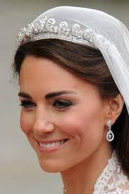 kate middleton wedding tiara royal wedding jewelry kate middleton wears the cartier halo tiara