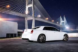 chrysler 300c 2013 dodge charger srt8 vs chrysler 300 srt8