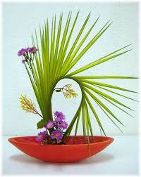 flower arrangement ideas ikebana flower arrangement small garden ideas