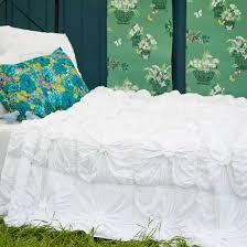 Shabby Chic White Comforter White Quilt A Soothing Comforter Furnituredays White Quilt A