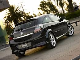 opel holden holden astra sri turbo 2005 picture 2 of 2