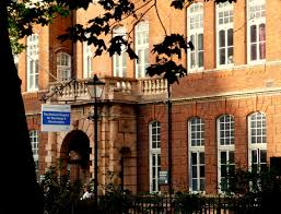 The National Hospital For Neurology And Neurosurgery Queen Square File Nhnn Queen Square 09 11 Jpg Wikimedia Commons
