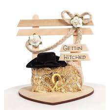 western wedding cake topper gettin hitched western wedding cake topper simply pretty weddings
