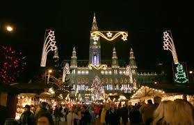 the cities with the best christmas lights in the world trust us