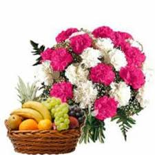 flowers and fruits bunch of 15 carnation with fruit basket myflowergift