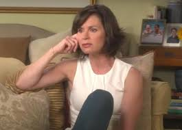 hair cut elizabeth vargas elizabeth vargas talks sons reactions to learning about her