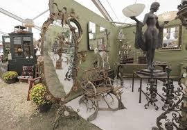 The Barn At 17 Antiques Don U0027t Miss These Shows At Round Top Antiques Week Houston Chronicle