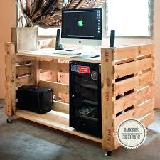 Diy Pallet Desk Pallet Desk Plans Shelves Built Pallets Wooden Pallet Desk With