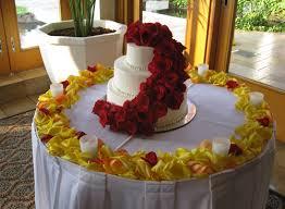 wedding cake table wedding cake décor from fukushima flowers