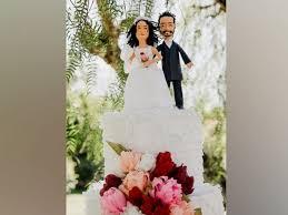 wedding cake pinata los angeles ditches wedding cake for awesome cake piñata