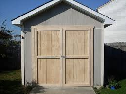 Free Plans To Build A Wood Shed by Best 25 Shed Doors Ideas On Pinterest Pallet Door Making Barn