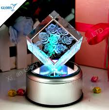 Engravable Music Box New Design Crystal A Bouquet Of Roses Engraving Cube Music Box