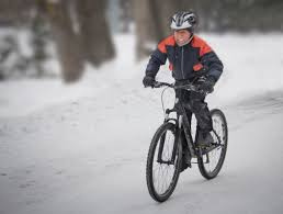 warm cycling jacket how to choose between winter cycling gloves pogies and mittens