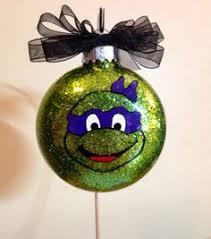guppies oona ornament plastic