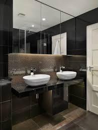 spiegelschr nke f r badezimmer die besten 25 doppel waschtisch ideen auf haupt bad