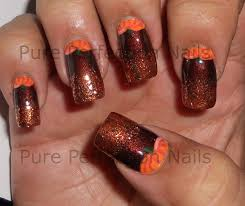 easy thanksgiving nail so i just had to put them on my nails