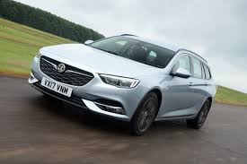 vauxhall insignia sports tourer 1 5 petrol 2017 review auto express