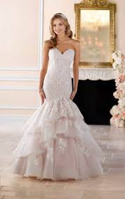 wedding gowns pictures wedding gowns dramatic lace fit flare wedding dress stella york