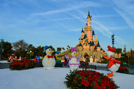when is disneyland decorated for christmas christmas lights