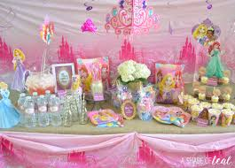 Camerette Principesse Disney by A Disney Princess Party On A Budget Plus Free Printables A
