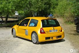 renault yellow renault clio v6 phase ii 23 november 2017 autogespot