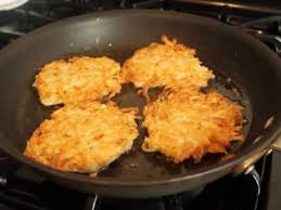 potato pancake mix manischewitz how to make potato pancakes classic potato pancakes recipe