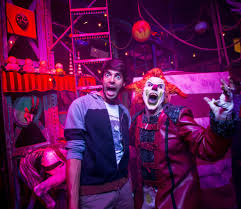 universal orlando resort halloween horror nights kaka meets jack the clown at universal u0027s halloween horror nights