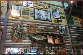 decoration ideas nice rustic lodges decor with awesome vintage
