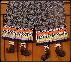 sew much good whimsical halloween table runner tutorial