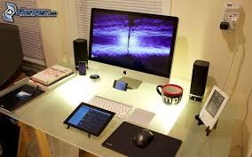 pc bureau apple tablet