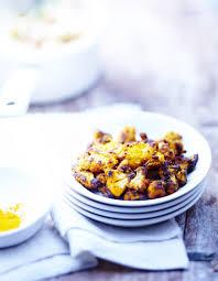 cuisiner un choux fleur chou fleur au curcuma pour 6 personnes recettes à table