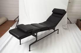 chaise rembourrée chaise rembourrée mid century par charles eames pour herman