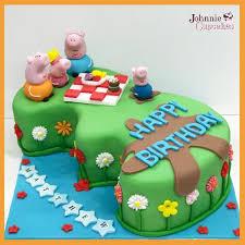 peppa pig cake peppa pig cake johnnie cupcakes