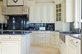 white kitchen cabinets with backsplash 7 bold backsplash ideas for your boring white kitchen