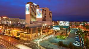 Las Vegas Hotel by About The Downtown Grand Hotel U0026 Casino In Downtown Las Vegas