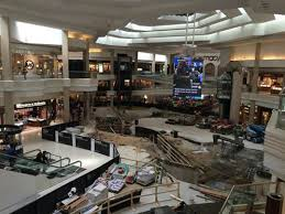 Woodfield Mall Thanksgiving Hours Chicago Northwest Iconic Woodfield Mall Enhances Its Shopping