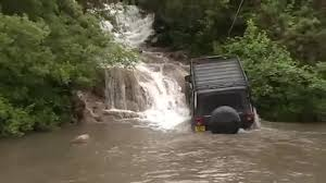 jeep water jeep gets stuck driving through water jukin media