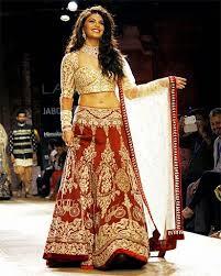 Different Ways Of Draping Dupatta On Lehenga How To Wear Lehenga To Look Slim