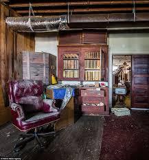 funeral homes jacksonville fl deserted places an abandoned funeral home in jacksonville florida